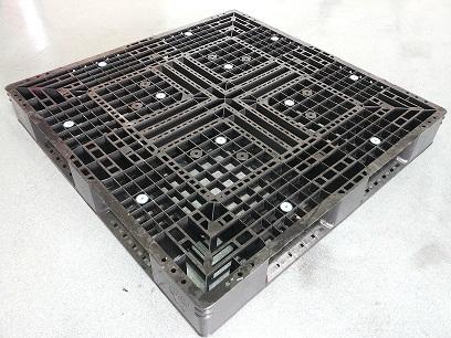 110 × 110 Kunststoffpalette mit umlaufenden Deck last 1250kg